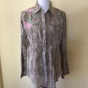 Vintage Wrangler Button Shirt Embroidered Detail